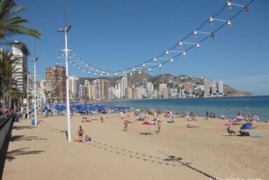 playa levante benidorm 915x686 1